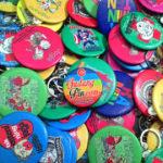 Bikin Pin Murah – Pin gantungan kunci 600pcs Raminten di Yogyakarta