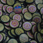 Bikin Pin Murah – Pin Gantungan Kunci 2sisi 4.5cm 1000pcs Hotel Seruni di Batam